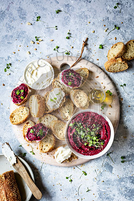 Beetroot Hummus dip served with fresh bread