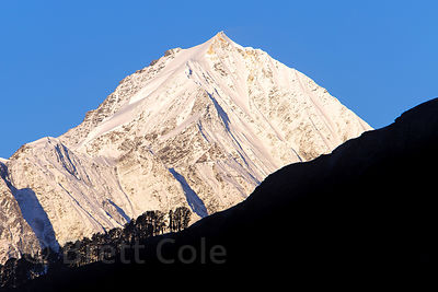Unidentified 18,000 foot summit in the Par Panjal Range, from Rohtang Pass, Manali, India