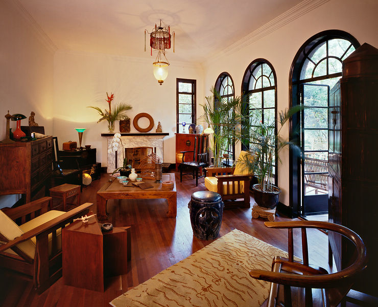 Hong Merchant living room