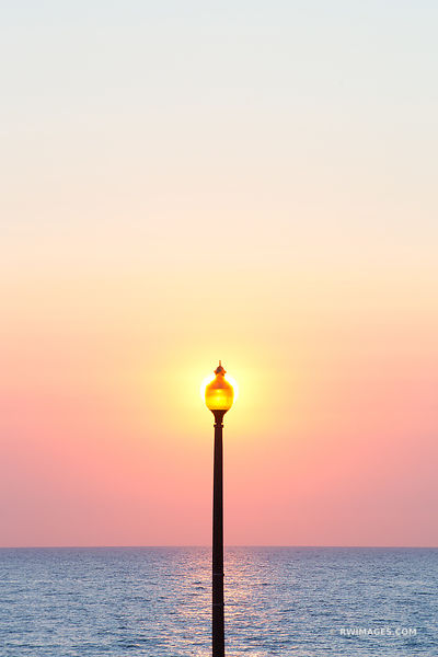 STREET LAMP LAKE MICHIGAN SUNRISE CHICAGO COLOR VERTICAL