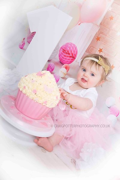Cake Smash & Splash. Birthday Shoots