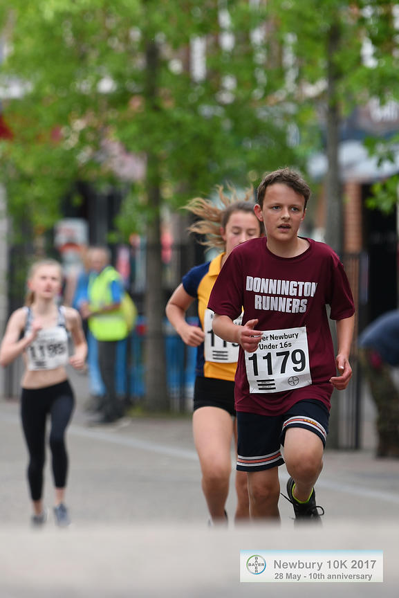 BAYER-17-NewburyAC-Bayer1500m-HighStreet-49