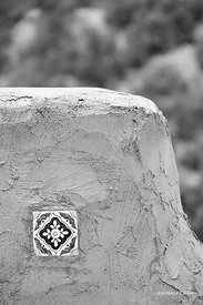 ADOBE ARCHITECTURE DETAIL ORBAMENTAL CERAMIC TILE NORTHERN NEW MEXICO BLACK AND WHITE VERTICAL