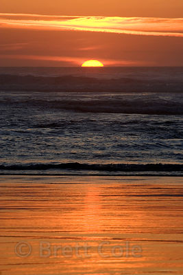 Sunset over the Pacific Ocean near the Cummins Creek Wilderness Area, Oregon Coast.