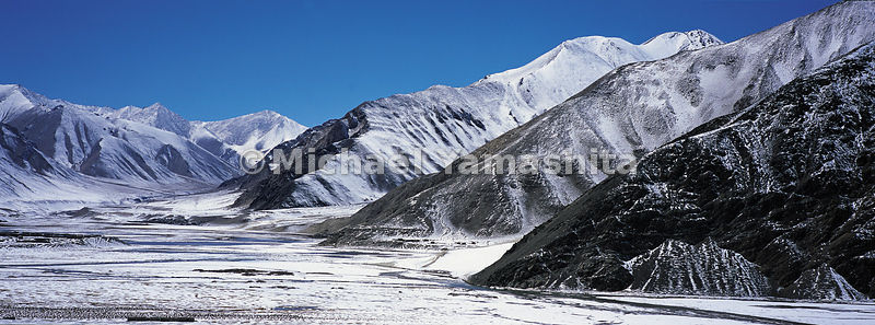 Rare spring snowfall in the Pamirs on the edge of the Taklimakan desert.