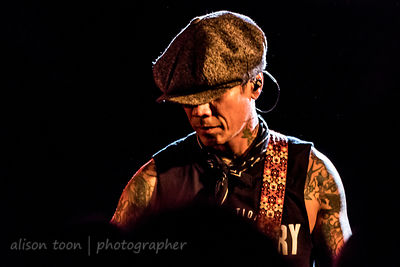 Stevie D, guitar, Buckcherry