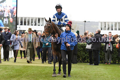 William_Henry_winners_enclosure_13032019-3