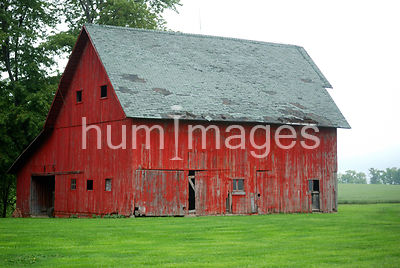 Red barn in west central Indiana community