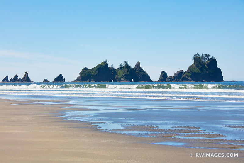 SEASTACKS SHI SHI BEACH POINT OF THE ARCHES PACIFIC NORTHWEST OLYMPIC NATIONAL PARK