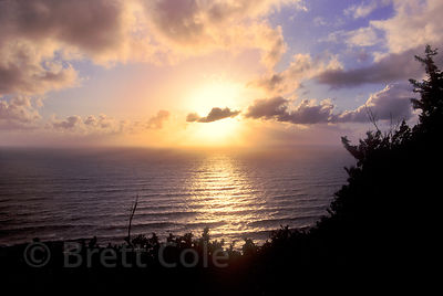 Sunset over the Pacific Ocean from the Cape Perpetua Bluff, highest point on the Oregon coastline.