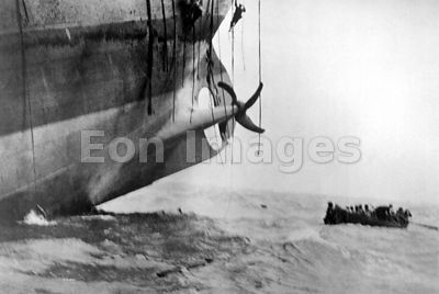 Escape from torpedoed vessel during WWI