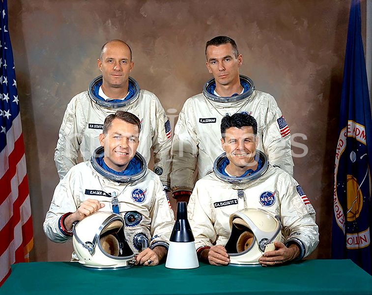(January 1966) --- Back row - astronauts Thomas P. Stafford (left), command pilot, and Eugene A. Cernan, pilot. Front row - b...