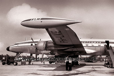 Dutchman waiting to fly | KLM Super Constellation PH-LKE | RAF Changi March 1962