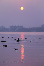 Sunset over the Hooghly River, Kolkata, India.