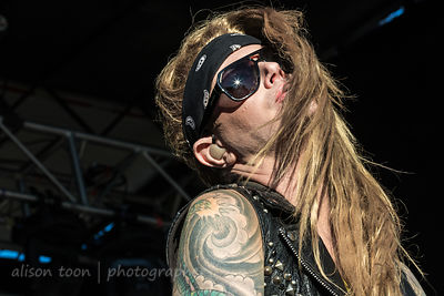 Lexxi Foxx, bass, Steel Panther