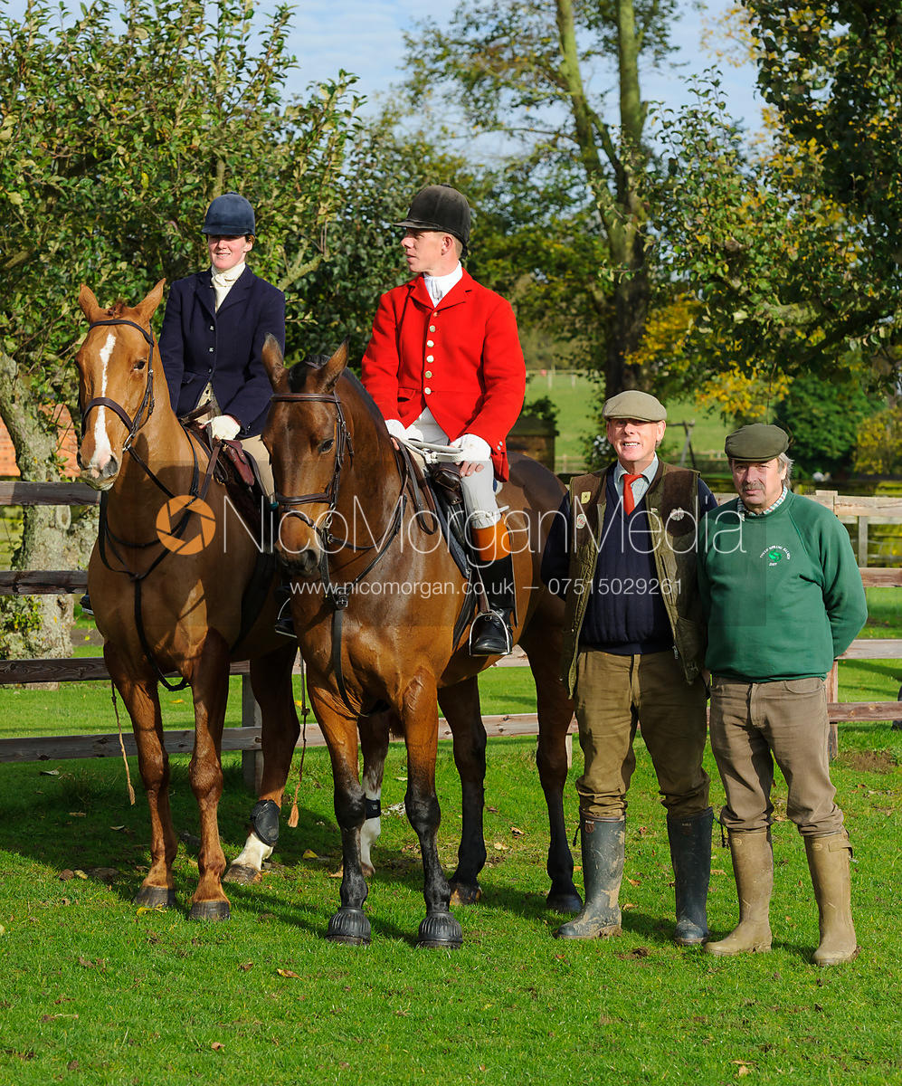 - The Cottesmore Hunt at Braunston, 12-11-13.