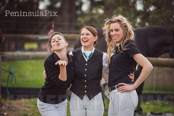 3 girls, 4 ponies and loads of laughs :) photos
