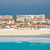 Condominiums In Hotel District,.Cancun