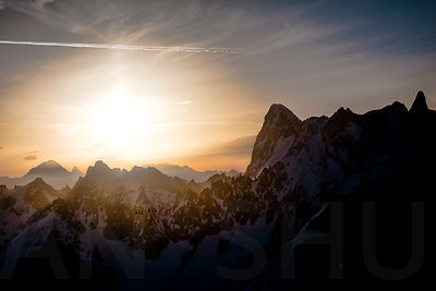 Sunrise on the Grandes Jorasses