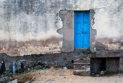 Blue door to nowhere, Pushkar, Rajasthan, India