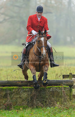 The Cottesmore Hunt at Sauvey Castle 28/11