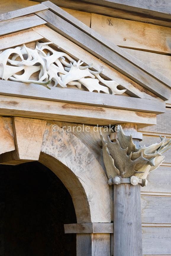 Detail of temple building on the upper terrace of the Collector Earl's Garden designed by Julian and Isabel Bannerman, made f...
