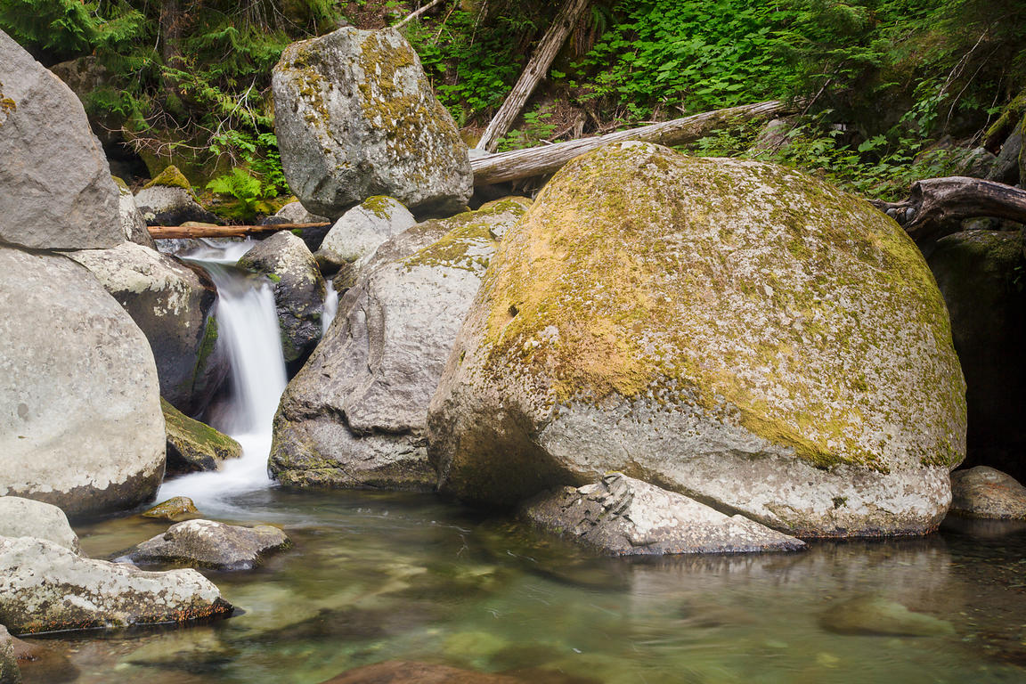 Small Waterfall on Nickel Creek