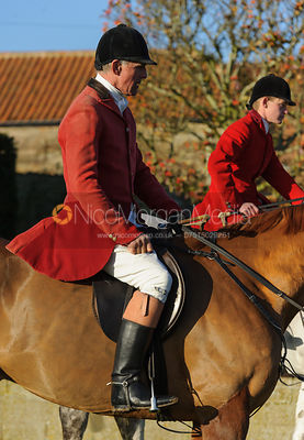 Robin Smith-Ryland at the meet - The Belvoir Hunt at Stonesby, 19/12