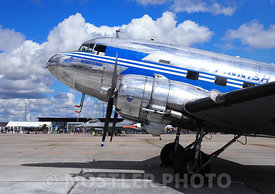 DC-3 OH-LCH
