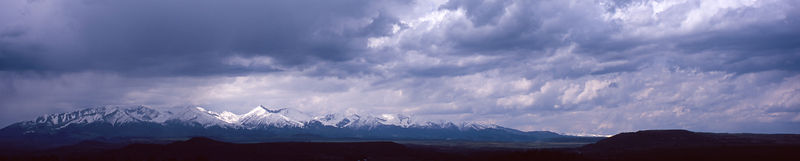 Panoramic_W105089_Mountains_on_the_Horizon_Preview
