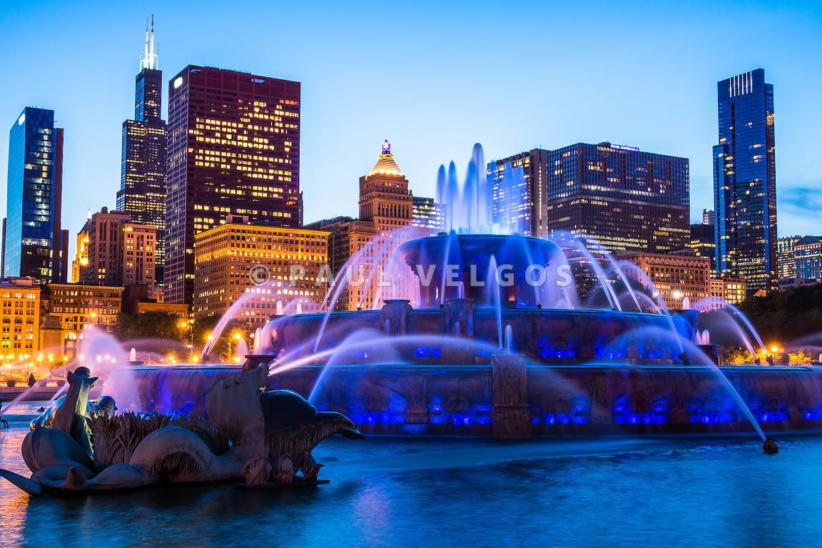 Chicago Skyline Buckingham Fountain High Resolution