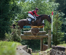 Fiona Breach (GBR) & Drumhowan Black Magic