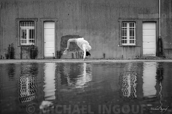 18-08-13_dance_eva_puddle_pont_arriere_JPEG_Qualité_maximum