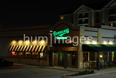 Bennegian's in Irving, Texas (Las Colinas)