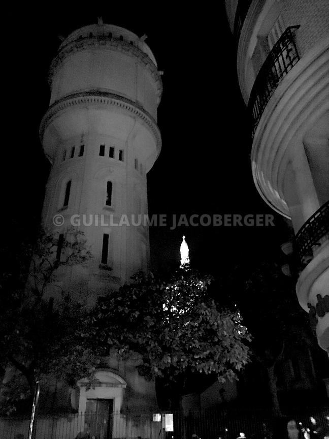 Water-tower-Montmartre-03