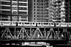 EL TRAIN ON LAKE STREET DRAW BRIDGE DOWNTOWN CHICAGO BLACK AND WHITE