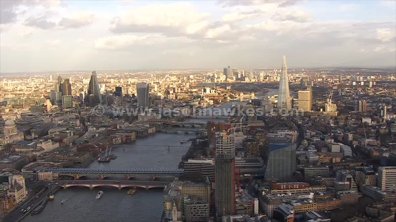 Aerial footage of the Thames, London