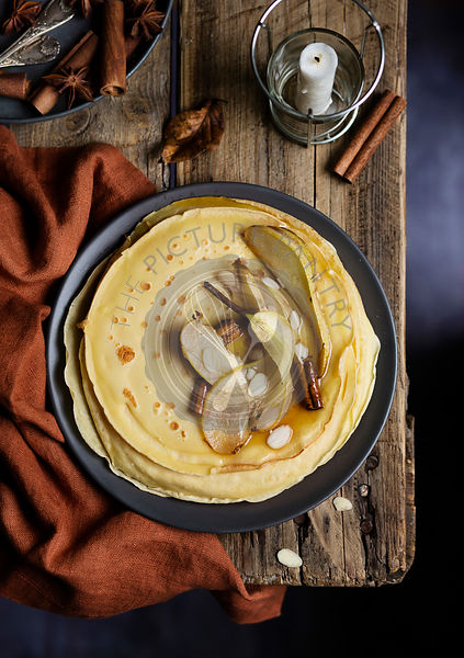 Sweet crepes with caramelized pears
