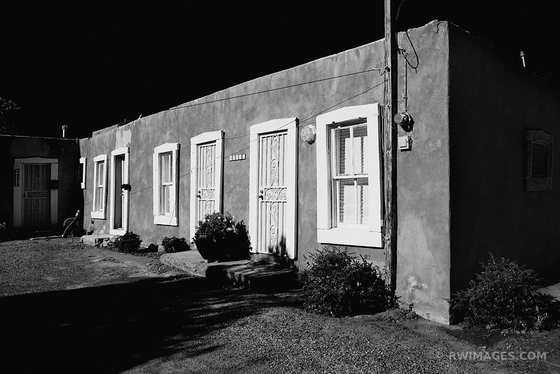 OLD TOWN ALBUQUERQUE NEW MEXICO BLACK AND WHITE