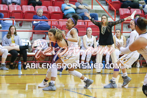02-13-18_BKB_FV_Graham_v_Snyder_Bi-District_Playoffs_MW03194