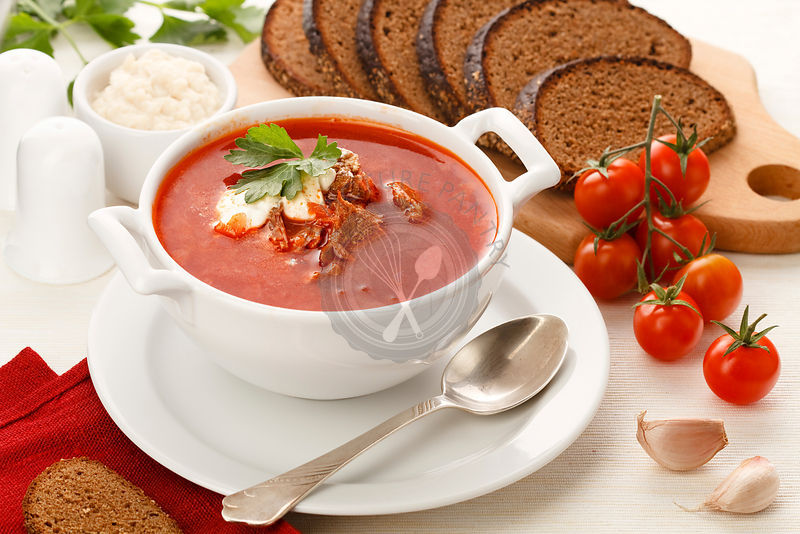 Ukrainian and russian national red borsch with herbs & spice