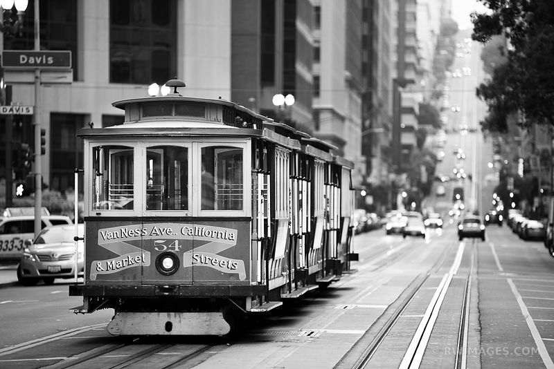 STREET CAR SAN FRANCISCO BLACK AND WHITE