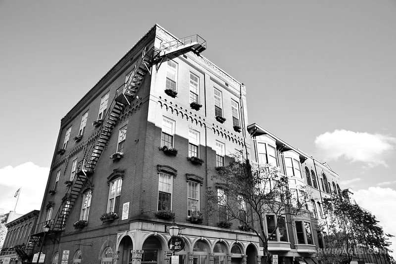 DOWNTOWN PORTLAND MAINE BLACK AND WHITE