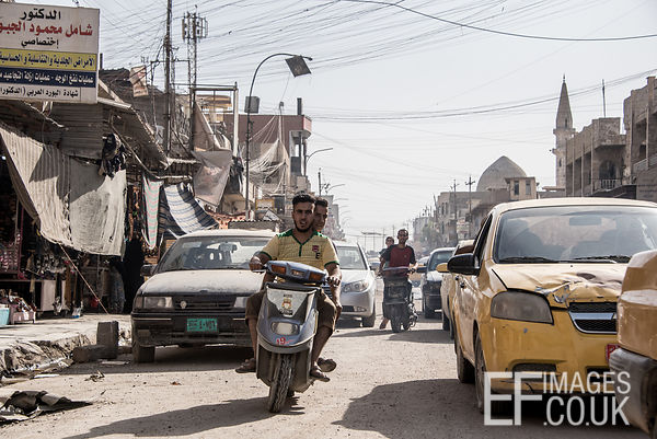 Busy streets as liberated areas of West Mosul come back to life following the ISIS conflict. Mosul, Iraq, 5th June 2017