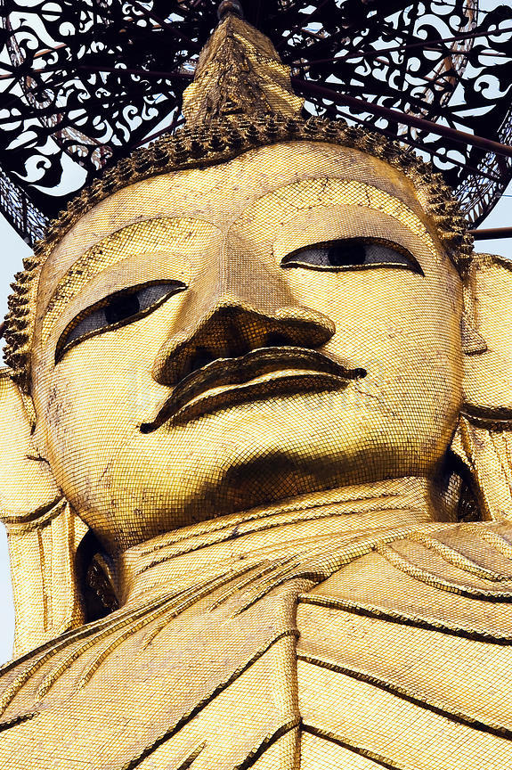 105 ft High Buddha at Wat Indrawihan, Bangkok, Thailand