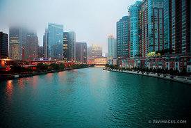 CHICAGO RIVER AND FOG