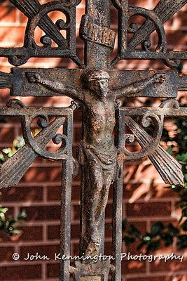 Church_of_St_Catherine_Outdoor_Crucifix