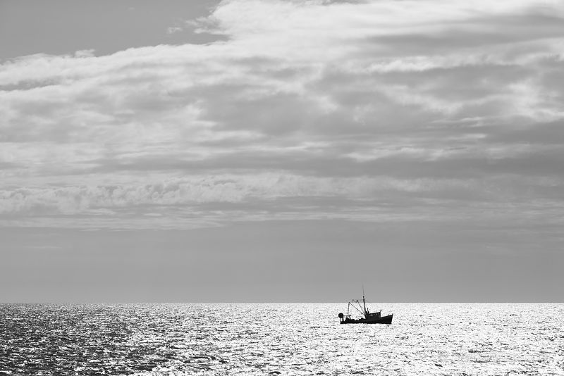 FISHING BOAT ATLANTIC OCEAN NEAR NANTUCKET ISLAND BLACK AND WHITE