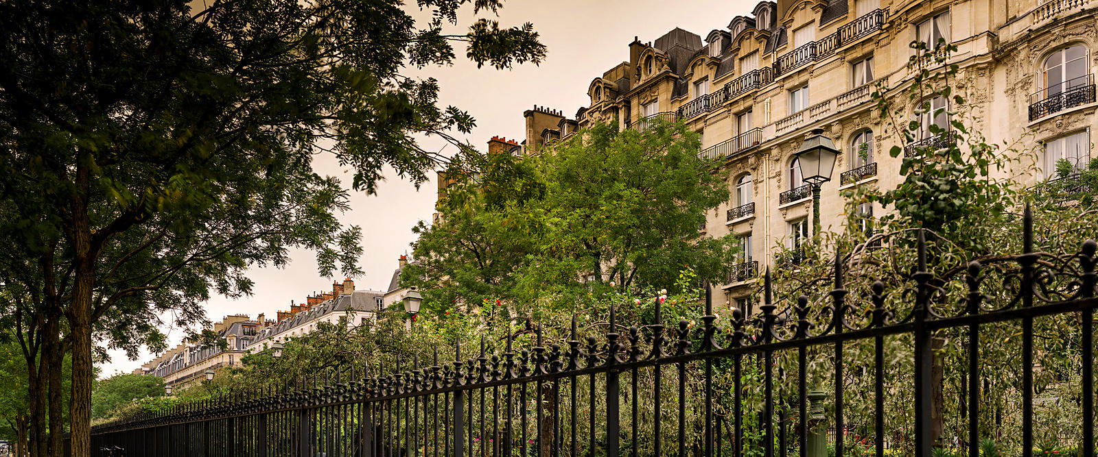 Buildings facades in the 17th district of Paris