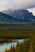 Geraldine Peak (2.930 masl) and the Athabasca river